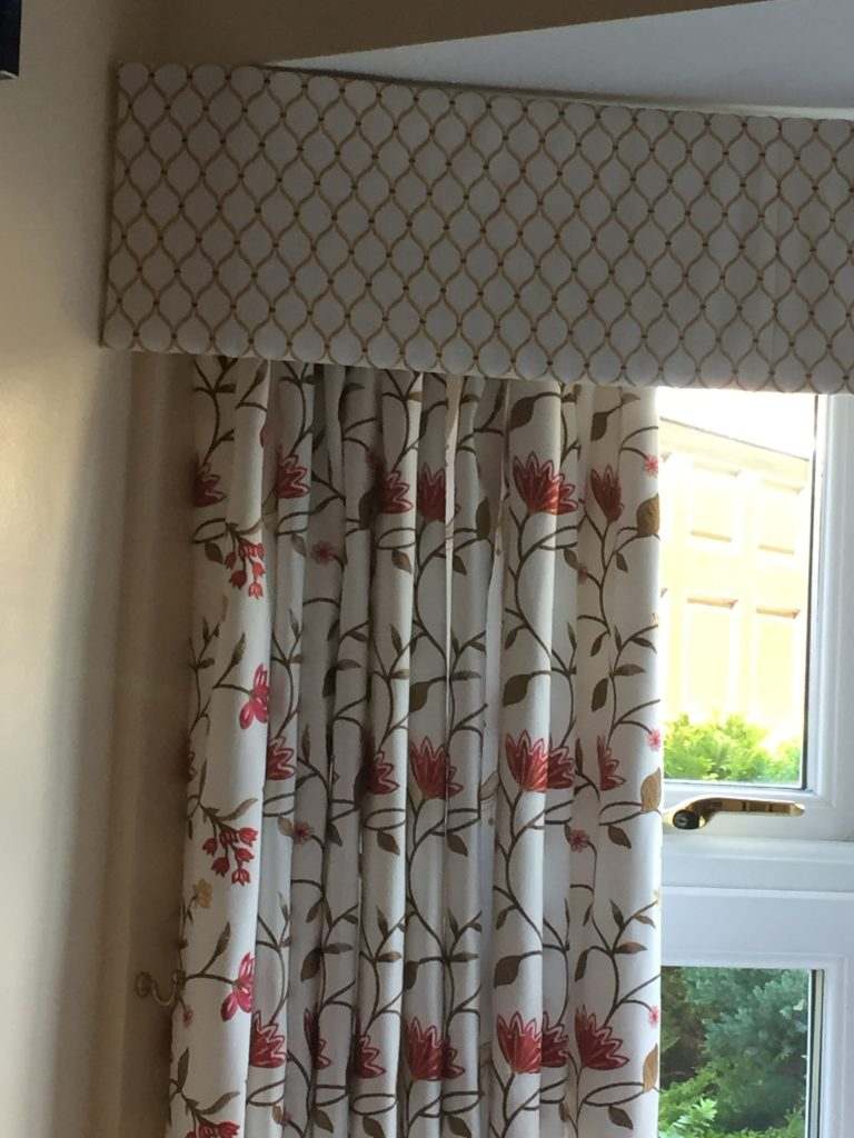 Floral curtain with valance